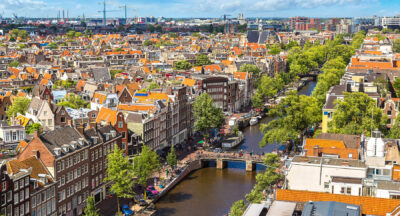 Living in the Netherlands is better that living abroad
